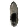 Skórzane botki damskie na platformie bata, 796-4633 - 19