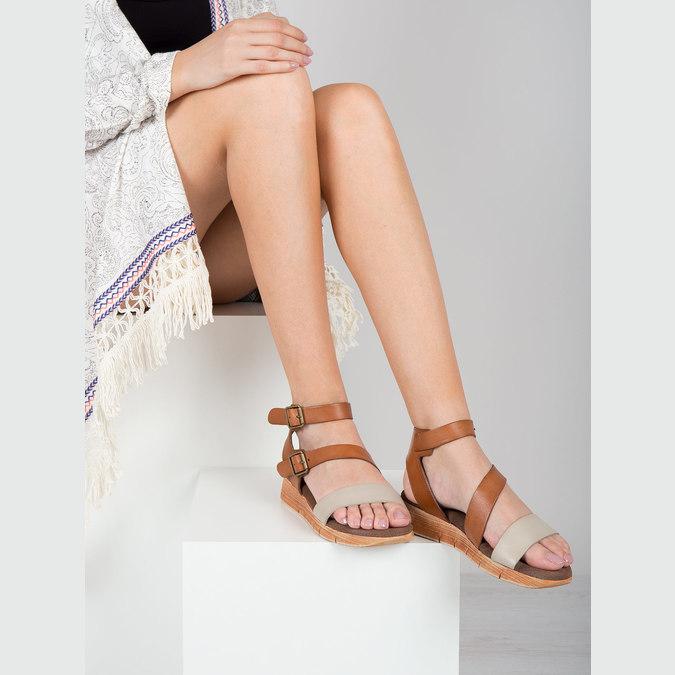 Skórzane sandały na kontrastowej podeszwie weinbrenner, brązowy, 566-4627 - 18
