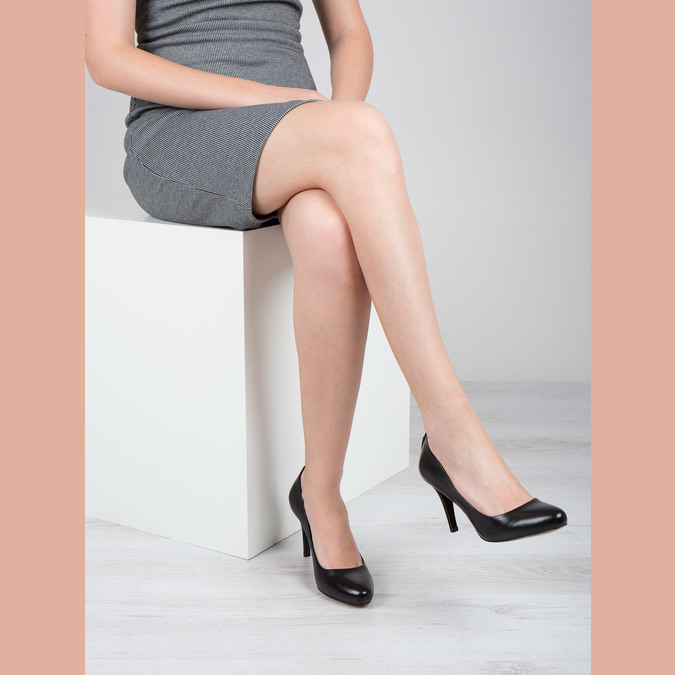 Skórzane czółenka damskie bata, czarny, 724-6649 - 18