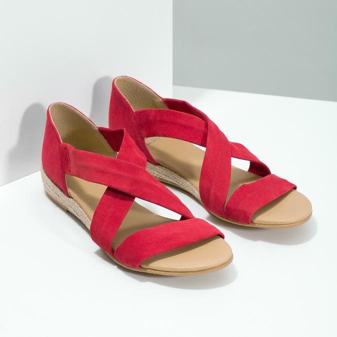 Czerwone skórzane sandały na koturnach bata, czerwony, 563-5600 - 26