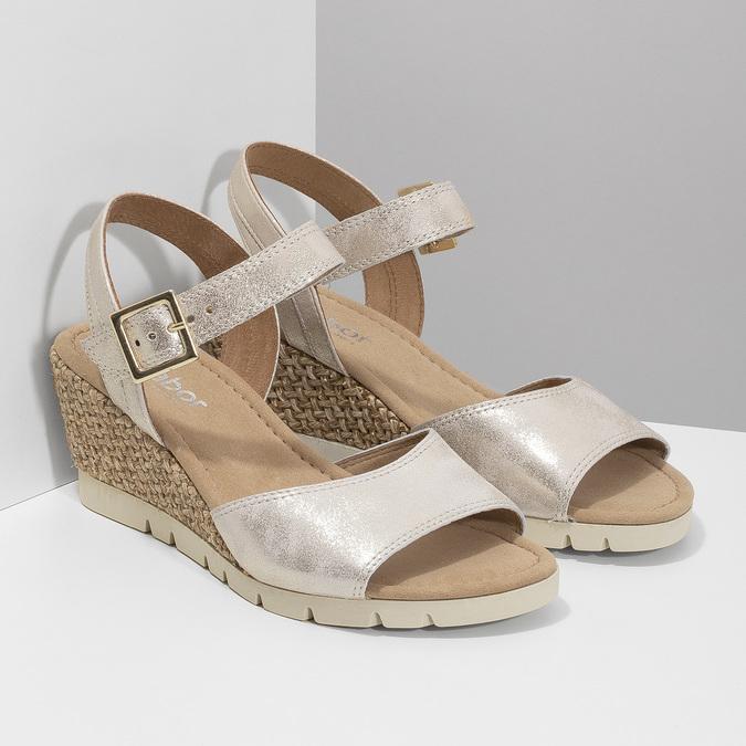 Srebrne skórzane sandały na koturnach gabor, srebrny, 766-5015 - 26